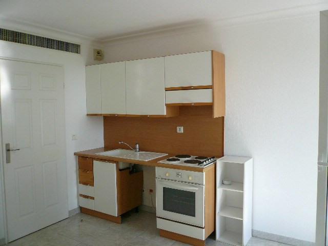 Rental apartment Nice 600€ CC - Picture 4