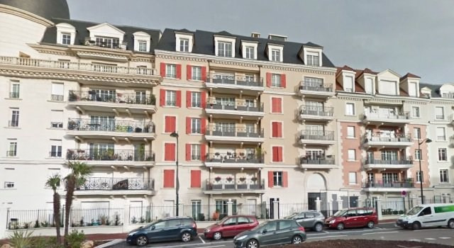 Rental apartment Le plessis robinson 704€ CC - Picture 1