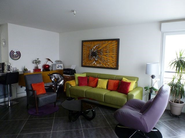 Rental apartment Trappes 1111€ CC - Picture 1