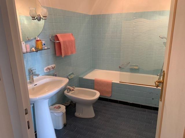 Sale apartment La seyne sur mer 130000€ - Picture 6