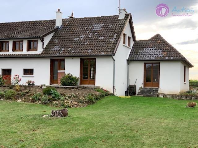 Sale house / villa Ferolles attilly 335000€ - Picture 1