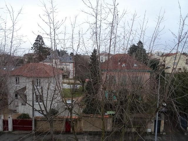 Location appartement Gleize 601,92€ CC - Photo 7