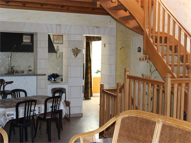 Vacation rental house / villa Chatelaillon-plage 360€ - Picture 6
