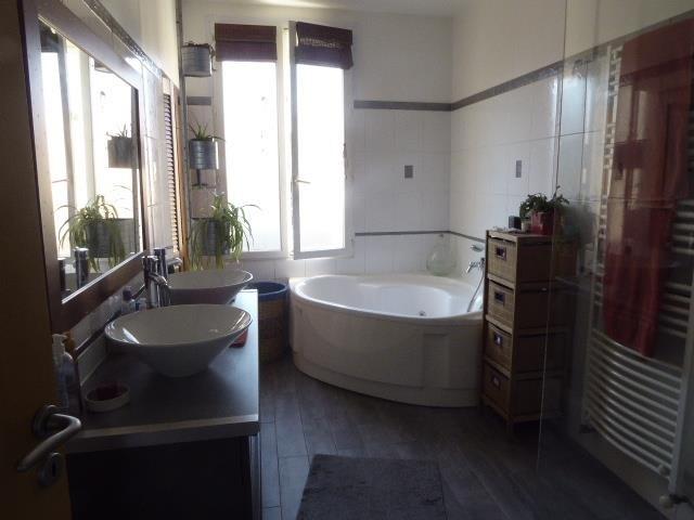 Sale house / villa Villeurbanne 522000€ - Picture 10
