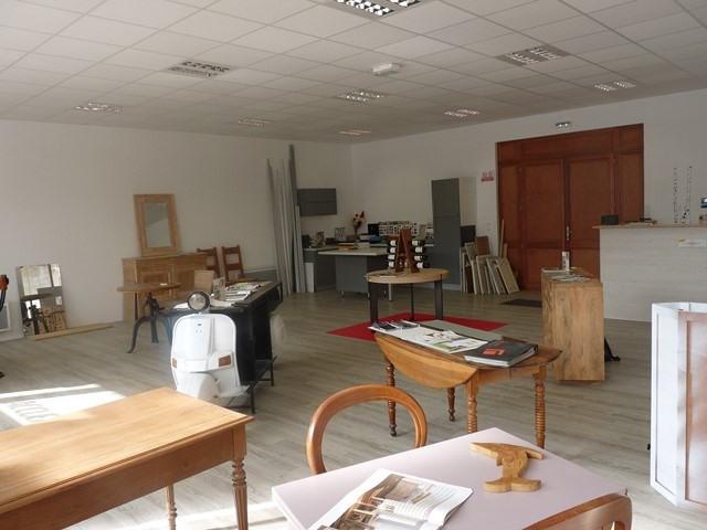 Vente fonds de commerce boutique Bellegarde-en-forez 79000€ - Photo 3
