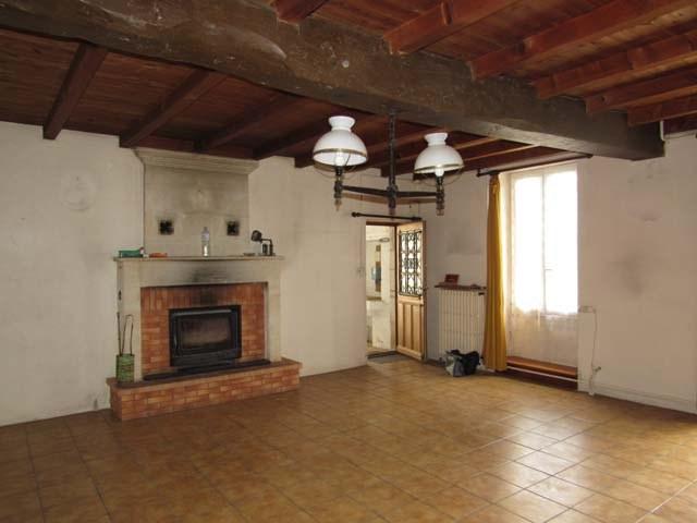 Sale house / villa Archingeay 93900€ - Picture 5