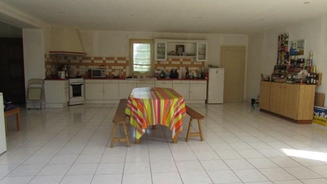 Sale house / villa Ballots 96500€ - Picture 5
