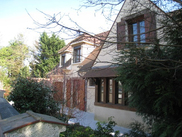 Deluxe sale house / villa Bougival 950000€ - Picture 2