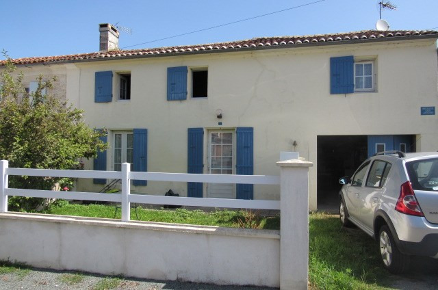 Sale house / villa Archingeay 132750€ - Picture 1