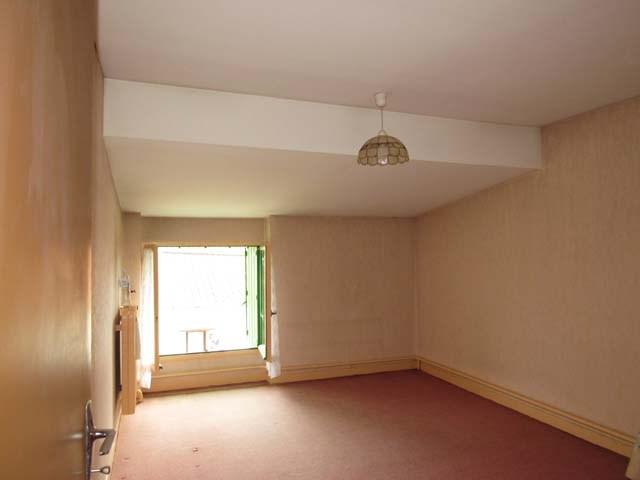 Sale house / villa Archingeay 93900€ - Picture 6