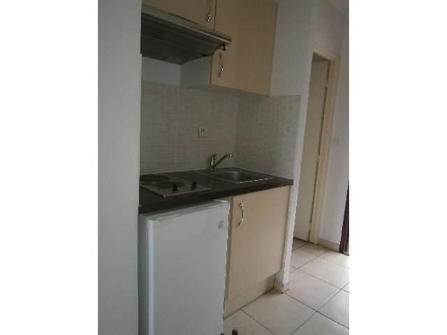 Location appartement St denis 363€ CC - Photo 4