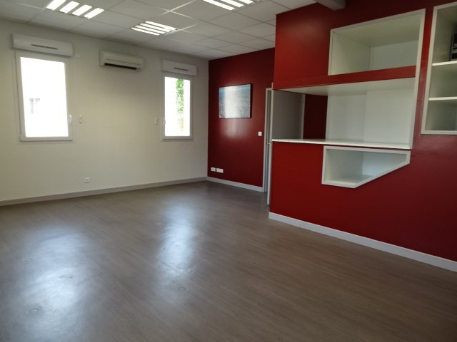 Location boutique Villefranche sur saone 2 356€ HC - Photo 6