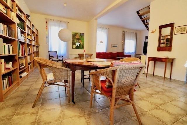 Revenda casa Arles 385000€ - Fotografia 3