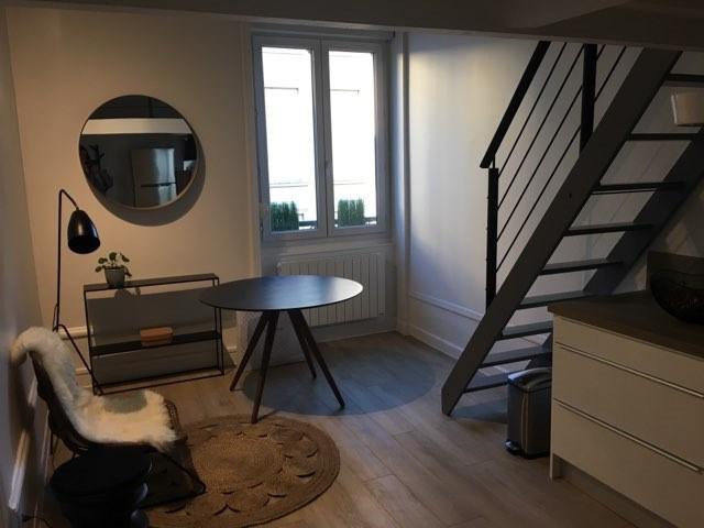 Location appartement Lyon 6ème 950€ CC - Photo 1