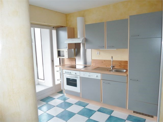 Rental apartment Annecy 667€ CC - Picture 2