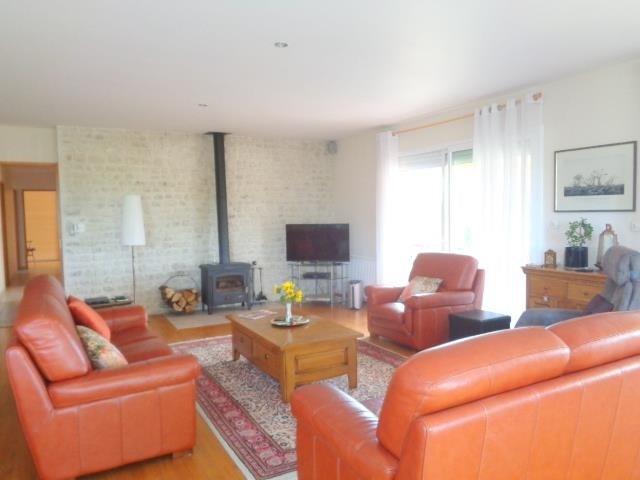 Sale house / villa Saint andre de cubzac 275000€ - Picture 5