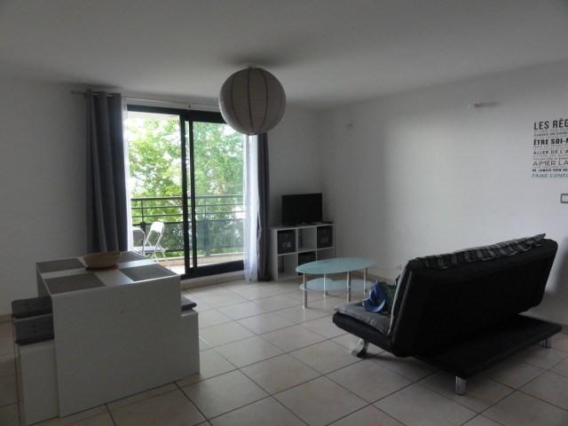 Location appartement La possession 720€ CC - Photo 7