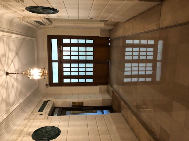 Location appartement Paris 8ème 6 000€ CC - Photo 10