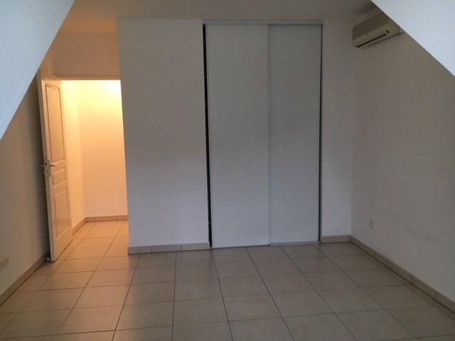 Rental apartment St denis 611€ CC - Picture 7