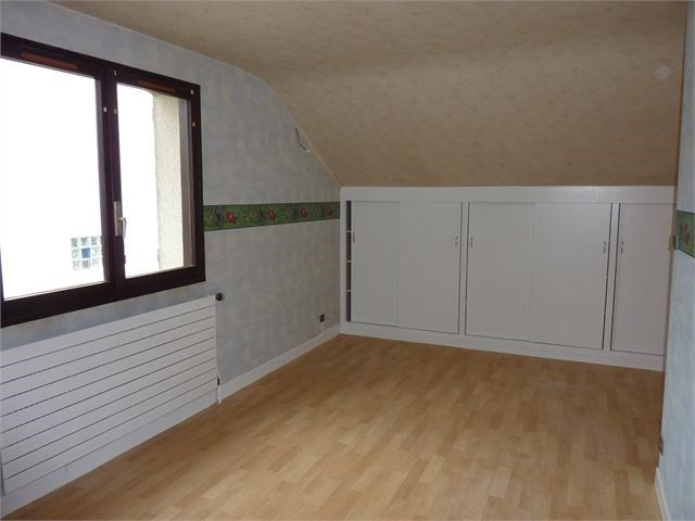 Rental house / villa Ecrouves 880€ CC - Picture 5