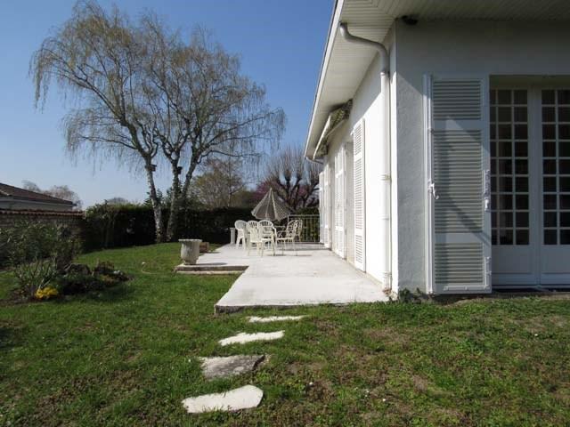 Sale house / villa Saint-jean-d'angély 273245€ - Picture 3