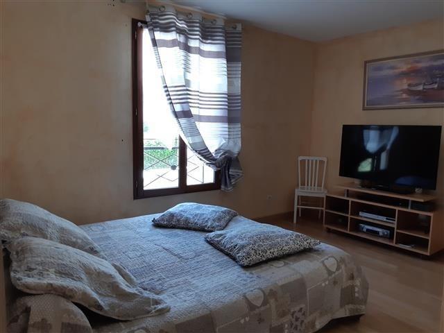 Sale house / villa La ferte sous jouarre 299000€ - Picture 2