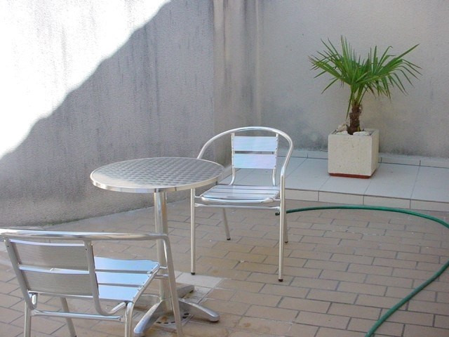 Location appartement Cognac 421€ CC - Photo 3