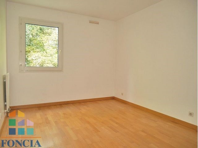 Rental apartment Suresnes 2 333€ CC - Picture 12