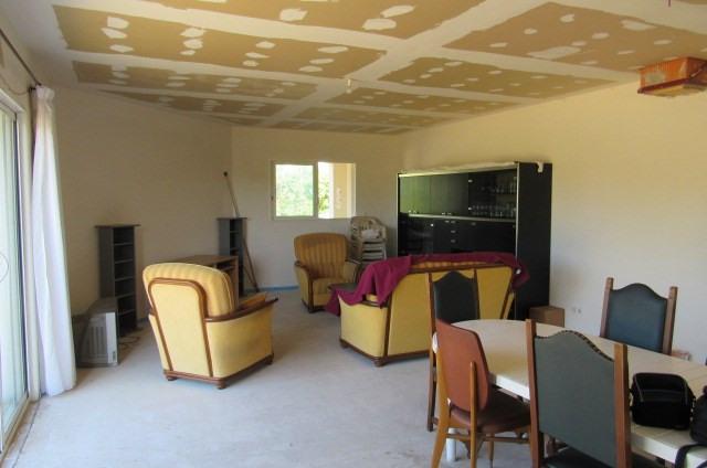Sale house / villa Bords 217300€ - Picture 4