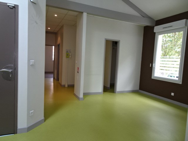 Location boutique Villefranche sur saone 2 356€ HC - Photo 4