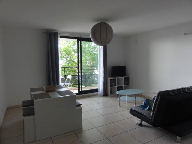 Location appartement La possession 720€ CC - Photo 4