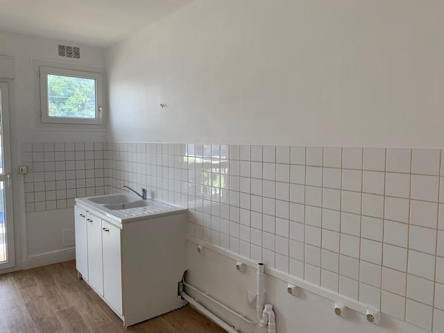 Location appartement Plaisir 1018€ CC - Photo 5