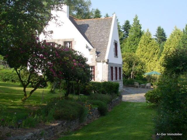 Sale house / villa Plouneour menez 187250€ - Picture 2