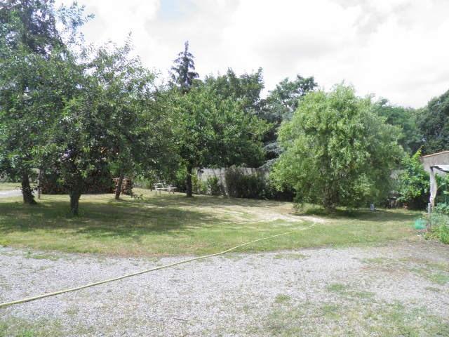 Sale site Saint-philbert-de-grand-lieu 69500€ - Picture 1