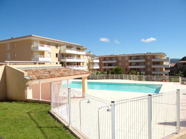 Vacation rental apartment Cavalaire 500€ - Picture 3