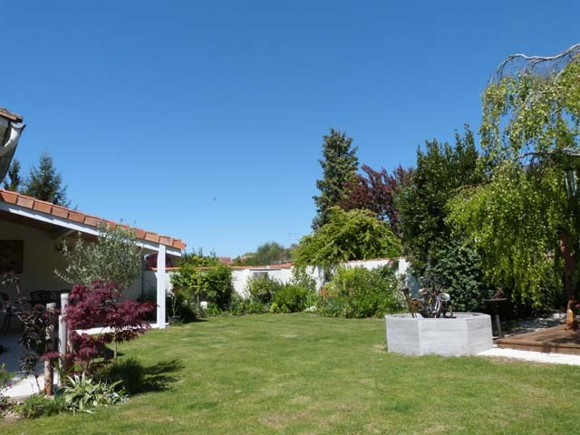 Sale house / villa Saint-jean-d'angély 263 750€ - Picture 3