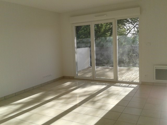 Location appartement Fréjus 917€ CC - Photo 2