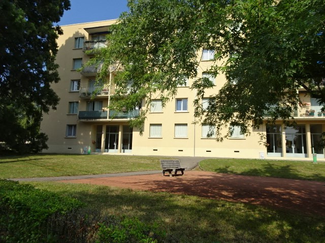 Location appartement Gleize 652,67€ CC - Photo 8