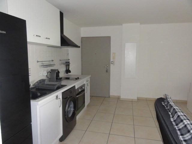 Location appartement La possession 720€ CC - Photo 5