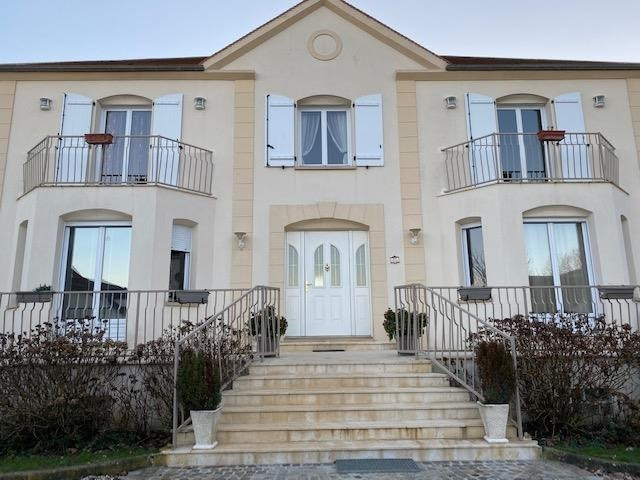Vente maison / villa Luzarches 730 000€ - Photo 1