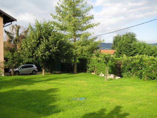 Location appartement Bully 825€ CC - Photo 2