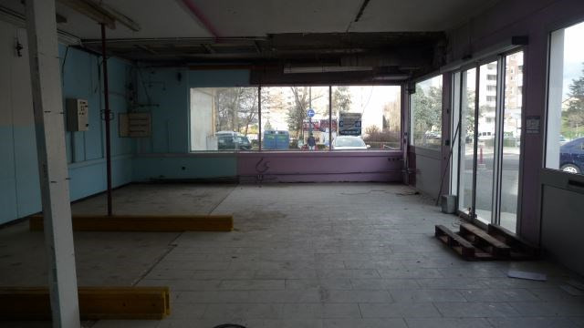 Commercial property sale shop Saint etienne 300 000€ - Picture 1
