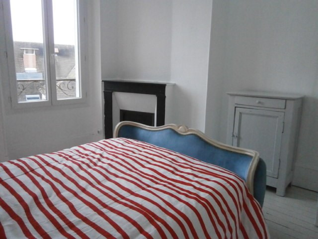 Rental apartment Fontainebleau 1 857€ CC - Picture 2