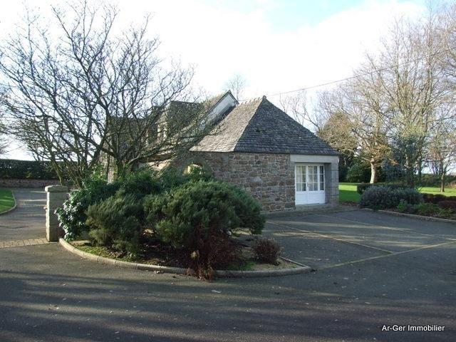 Sale house / villa St jean du doigt 299000€ - Picture 1