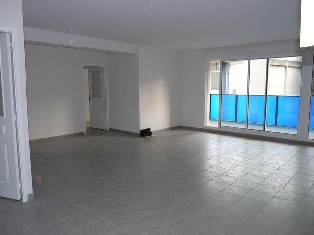 Rental apartment Saint-etienne 888€ CC - Picture 7