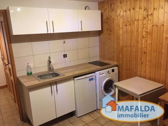 Rental apartment Mont saxonnex 480€ CC - Picture 2