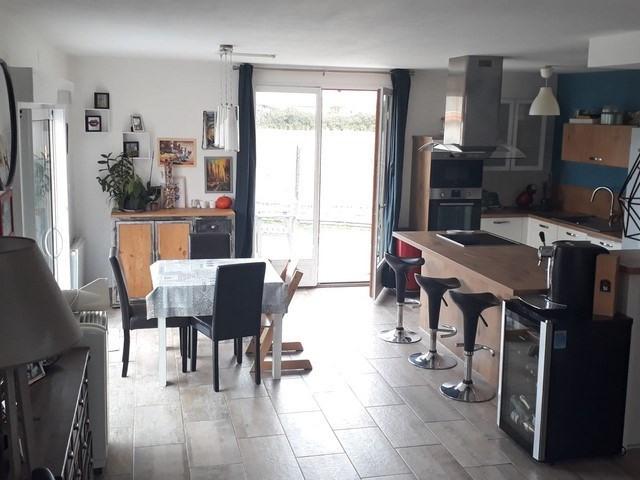 Verkoop  huis Chalain-le-comtal 208000€ - Foto 1