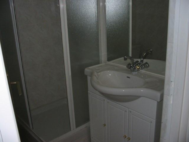 Verhuren  appartement Villeurbanne 469€ CC - Foto 3