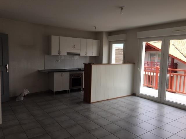 Rental apartment Hendaye 570€ CC - Picture 1