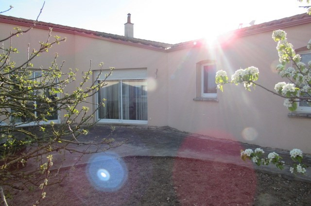 Vente maison / villa Bords 169 600€ - Photo 1